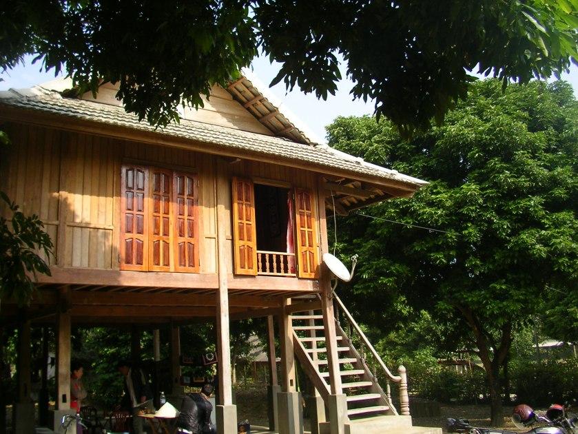 Ben Lac, Mai Chau, North West Vietnam, Vietnam, house on stilts, white thai