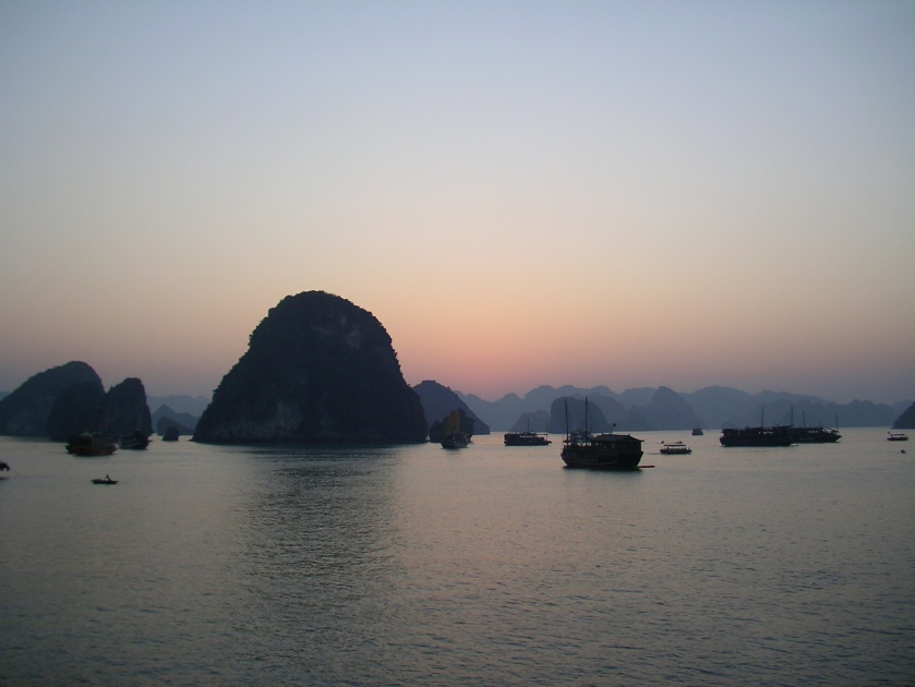 Halong bay, sunset, north, vietnam, natural wonder, gulf of tonkin