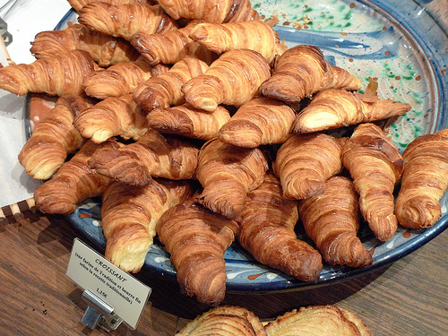 France, vegetarian food, what to eat, boulangerie, breads, vegetarians, europe, croissants