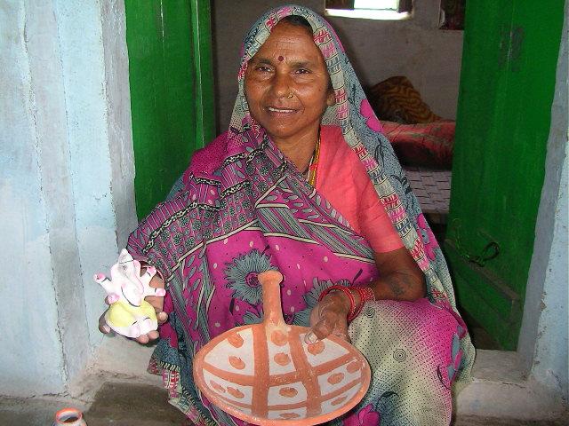 Potter, pranpur, madhya pradesh, india, offbeat, village, rural india