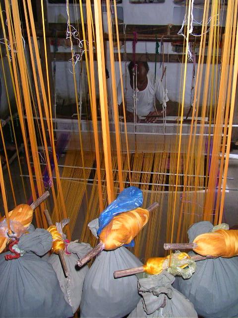 Pranpur, Madhya Pradesh, offbeat travel, India, Chanderi silk, weaver, craft village