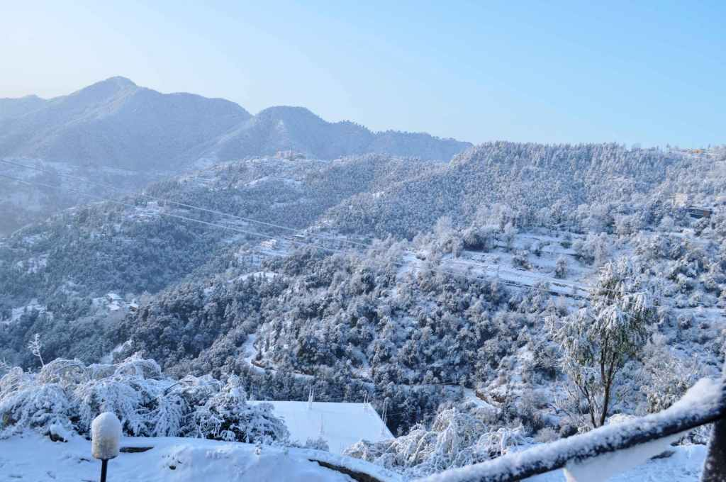 Shoghi, romantic getaway, Delhi weekend, Shimla, hill station, Veer Garh