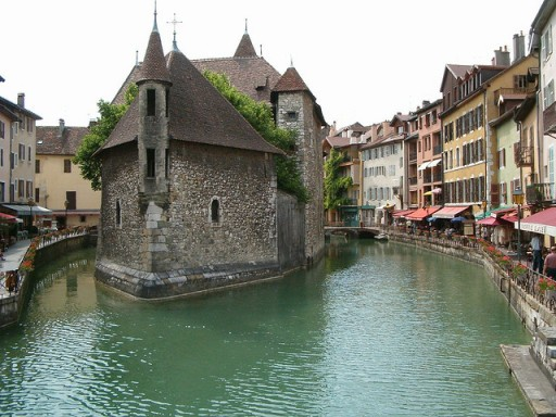 Annecy, France, small town, offbeat towns near Paris, europe travel blog, western europe towns, europe countryside