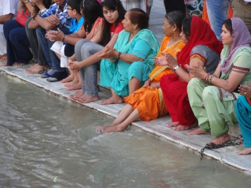 Ganga, Ganges, Rishikesh, aarti, prayers, ecology