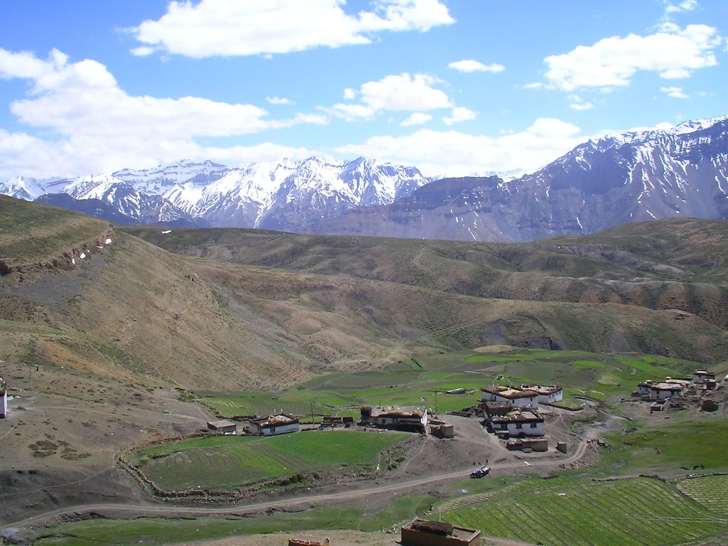 Pictures of Himalayas, Villages in India, Spiti, Komik