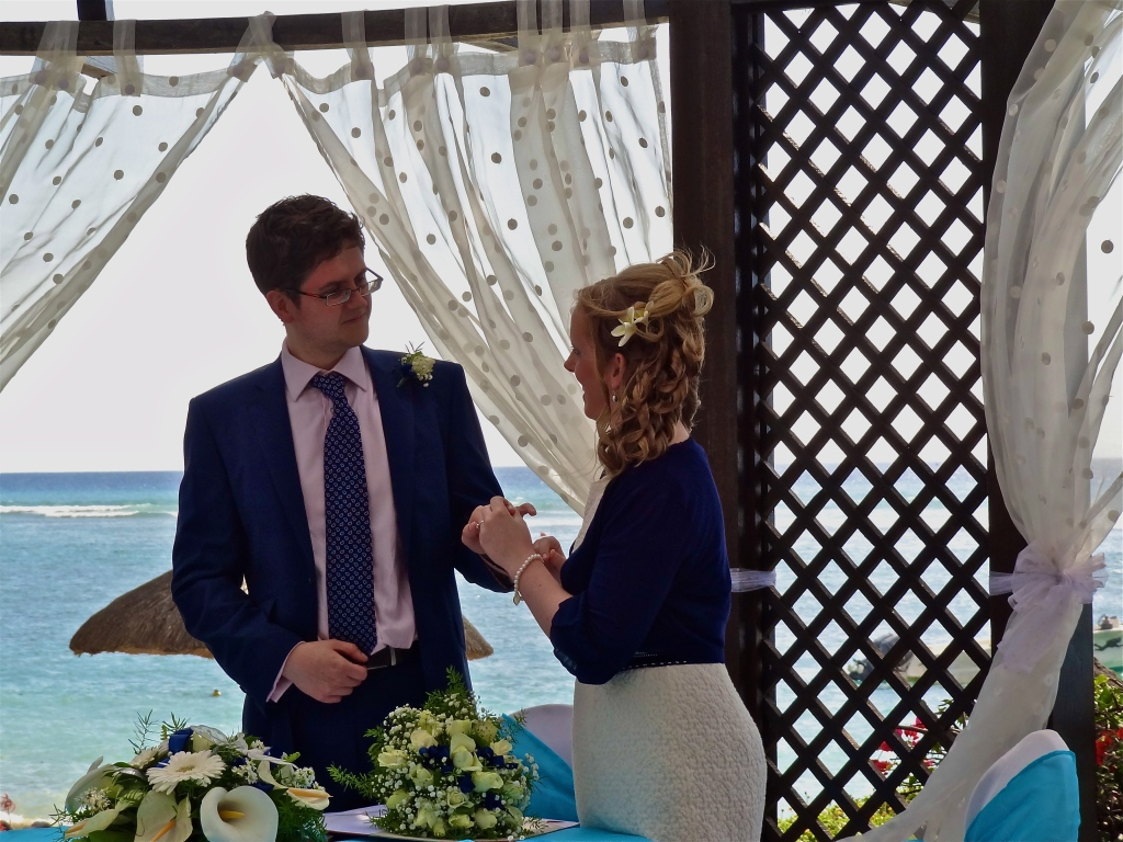 Mauritius wedding, beach wedding