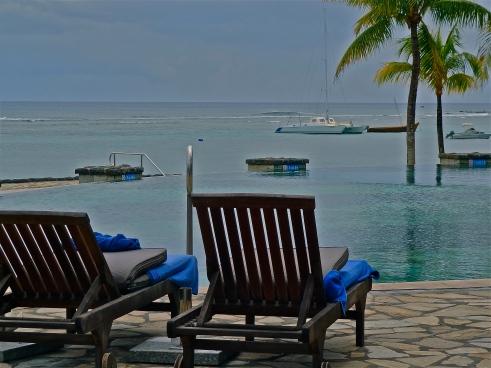 Le Meridien hotel Mauritius, Infinity pool Mauritius