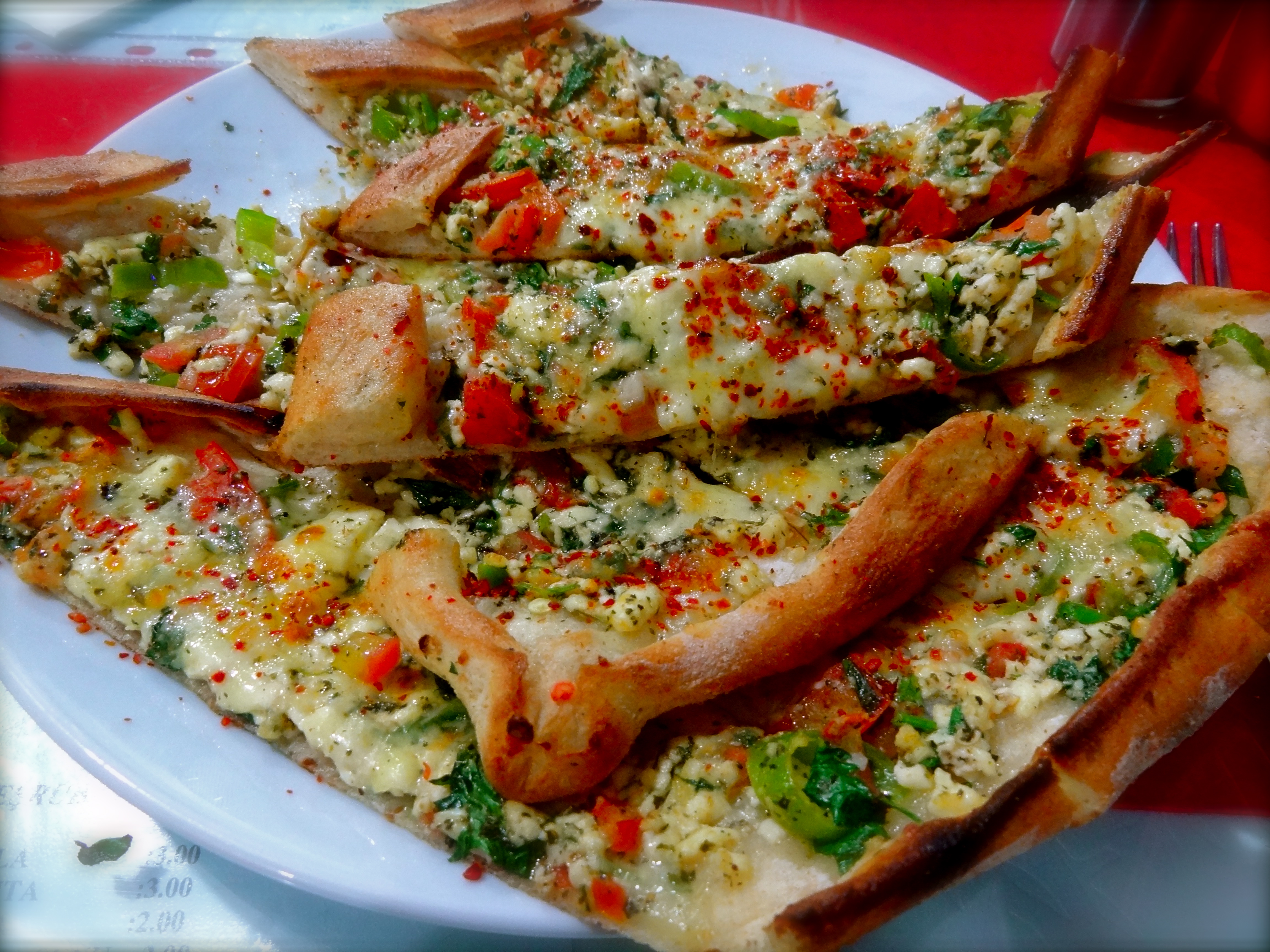 Turkish pide the shooting star - Ary abittan cuisine turque ...