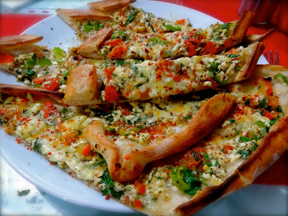 Turkish pide, vegetarian pide