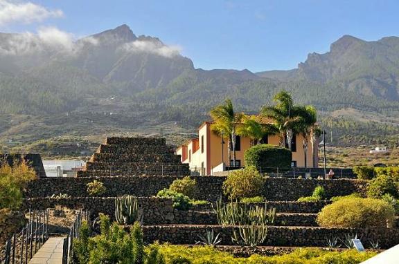 Tenerife pyramids, Pyramides de Gueimar, Guimar Tenerife