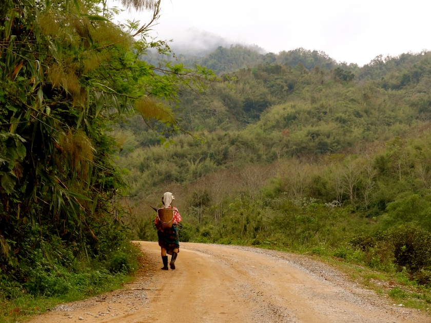 travelling alone first time, solo travel tips