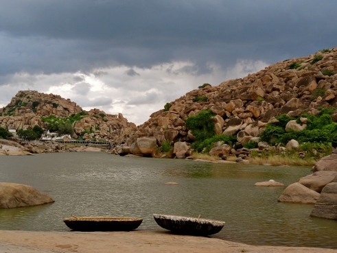 coracle boat, Tungabhadra river, Hampi photos
