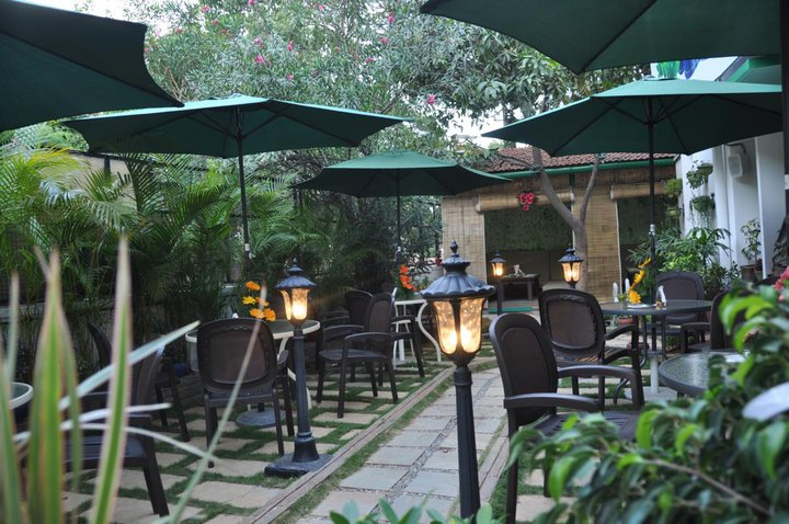 green theory cafe, bangalore cafes, bangalore organic food
