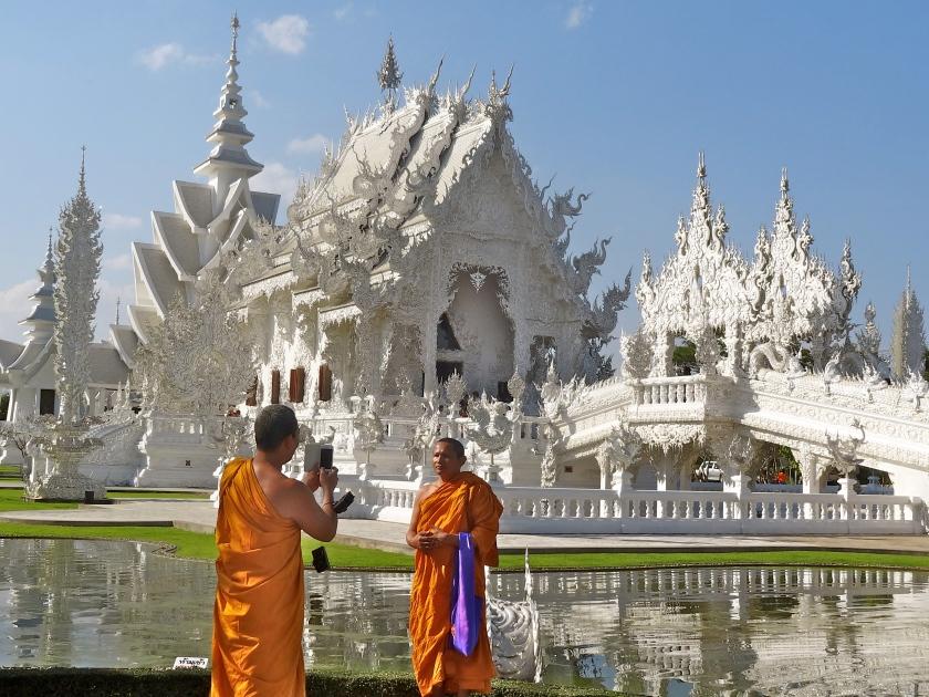wat rong khun, white temple thailand, chiang rai