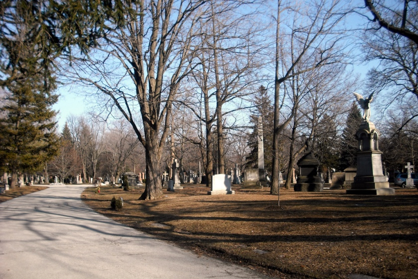 Mount Pleasant cemetery, cheap things to do in Toronto, offbeat Toronto
