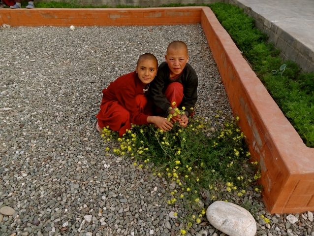 Ladakh nuns, Ladakh people