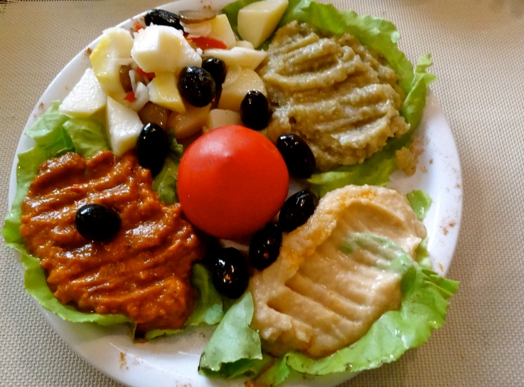 Romania vegetarian food, Romania food