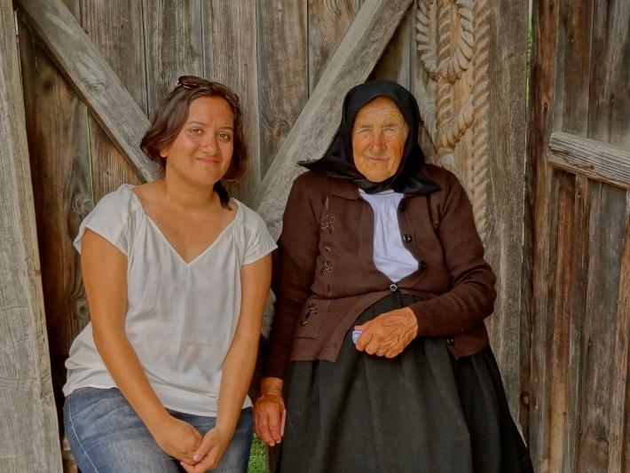 Romanian women, Romania people, Romanian culture