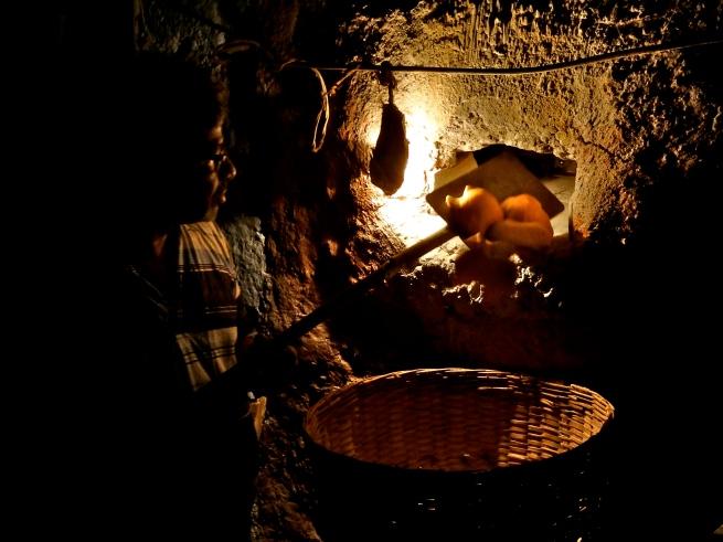 Goan breads, Goan bakery, Poi
