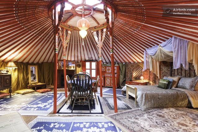 Airbnb yurt, #AirbnbBucketList