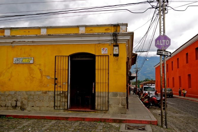 antigua restaurants, antigua guatemala travel