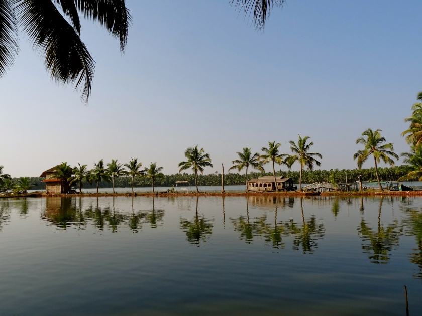 Kasaragod, North Kerala backwaters, Kerala backwaters island