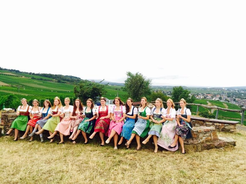 rheingau wine queens, rheingau festival, rhine festivals, rudesheim wine festival