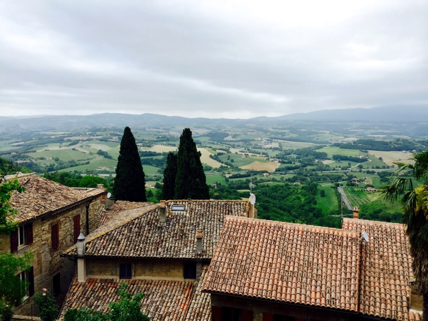 Todi umbria, Italy countryside, Italy travel blog