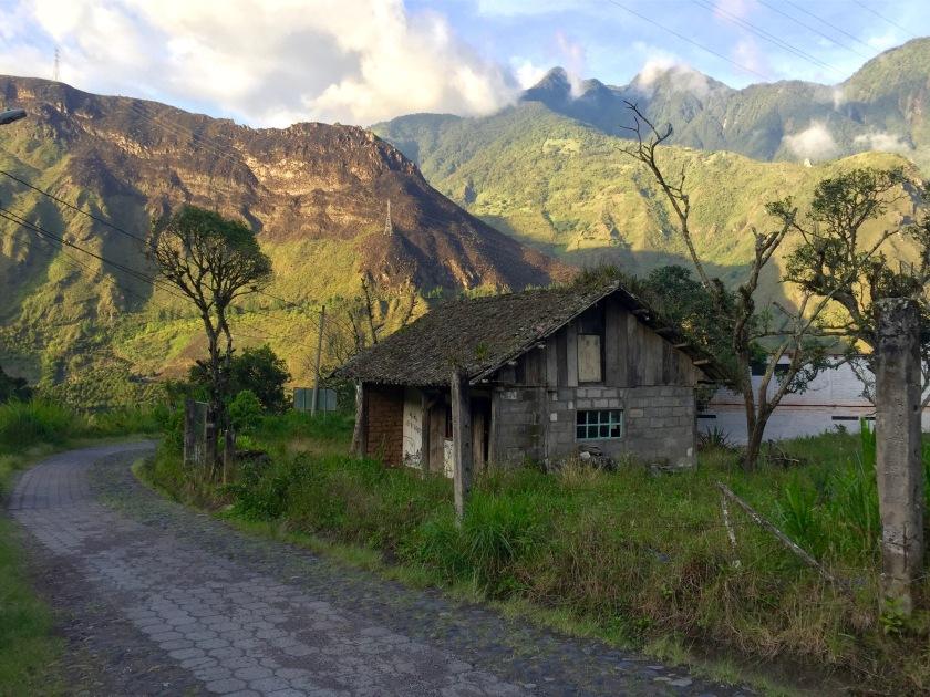 banos ecuador, places to visit in ecuador, ecuador photos, ecuador travel blog