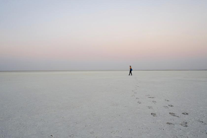 white desert gujarat, little rann of kutch, gujarat secret places
