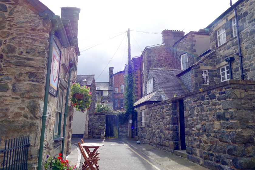 Welsh towns, welsh culture, places to visit in wales