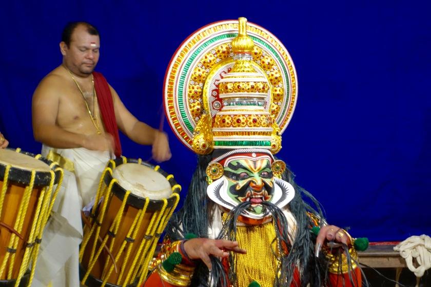 kathakali kerala, where to see kathakali kerala, kerala the blue yonder