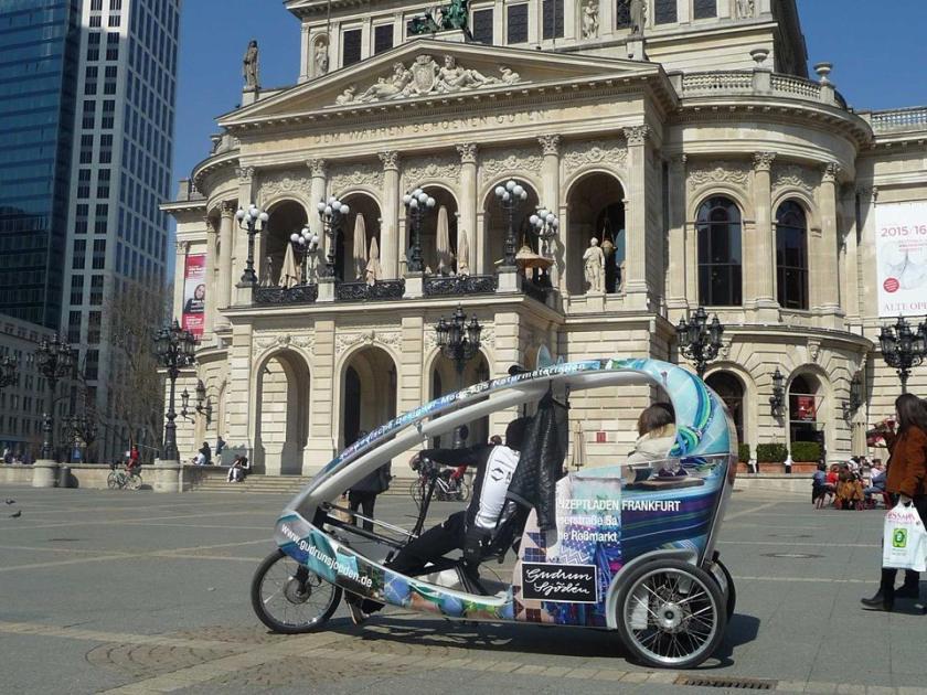 velotaxi, frankfurt velotaxi, frankfurt things to do